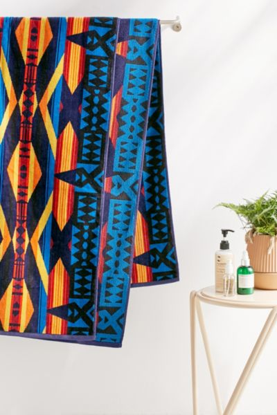 Pendelton La Paz Oversized Beach Towel - Navy One Size at Urban Outfitters