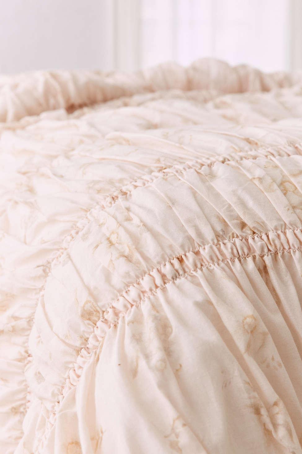 Super Rita Floral Ruffle Comforter | Urban Outfitters KR54