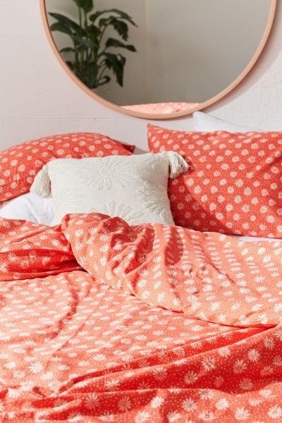Ditsy Daisy Duvet Cover - Red F/Q at Urban Outfitters