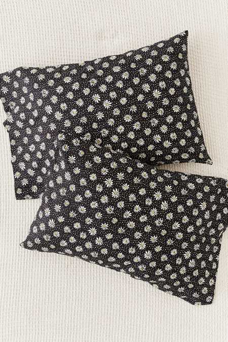 Ditsy Daisy Pillowcase Set