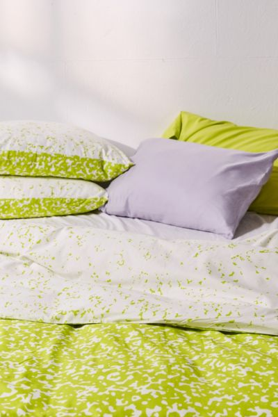 Static Duvet Cover - Lime F/Q at Urban Outfitters