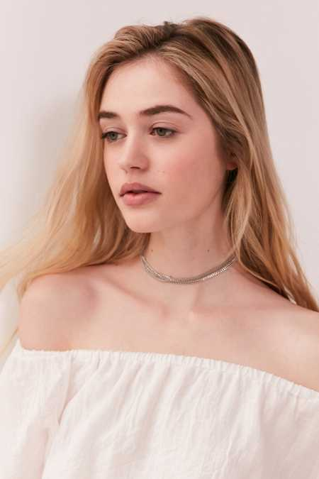 Multi-Chain Choker Necklace