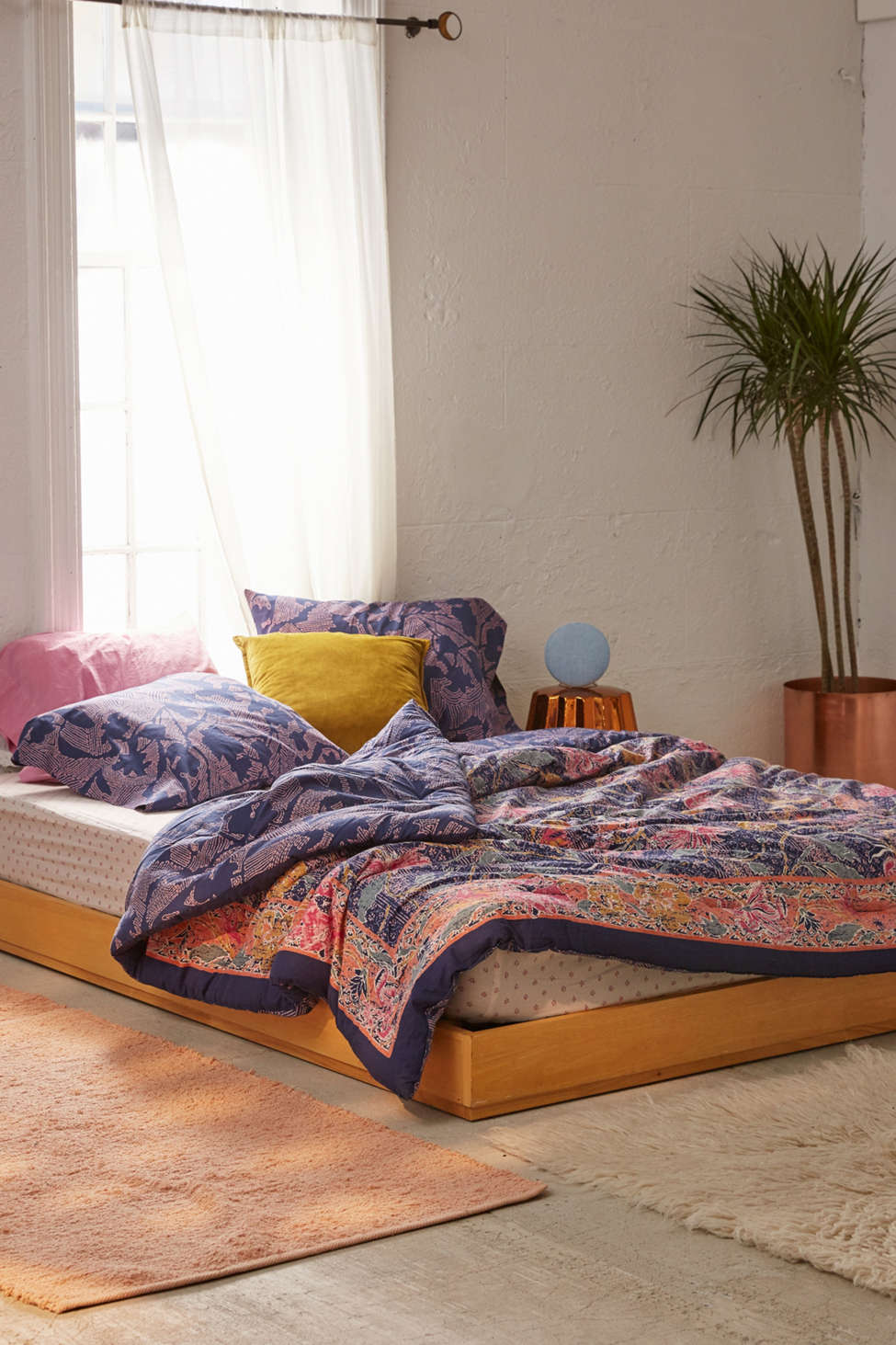 Slide View: 2: Taliah Mixed Floral Reversible Comforter Snooze Set