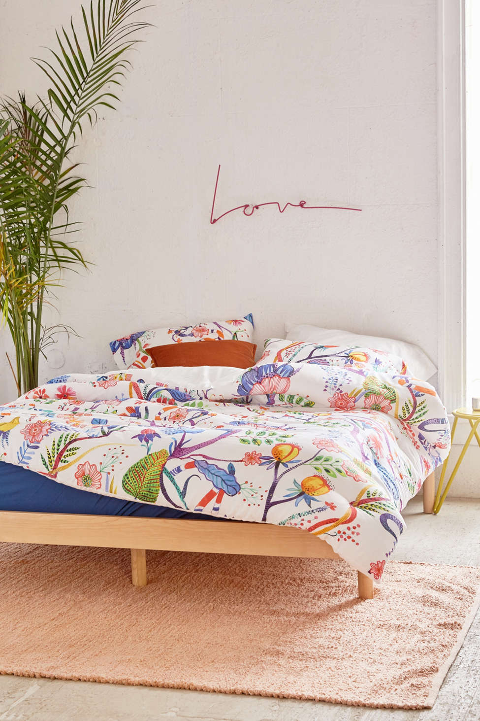 Slide View: 2: Whimsical Floral Comforter Snooze Set