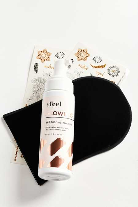Feel Glowing Self-Tanning Mousse + Applicator