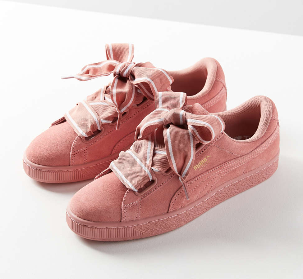 Slide View: 1: Sneaker Suede Heart Satin II Puma