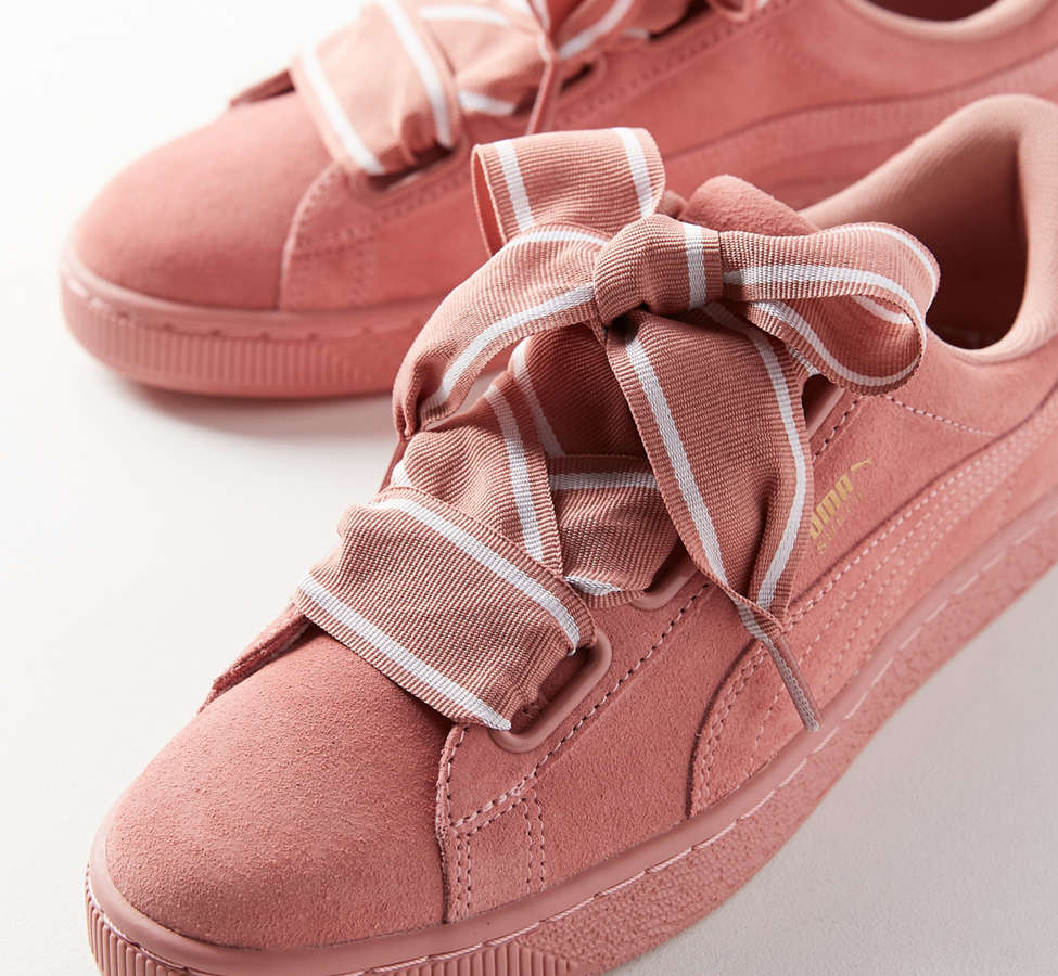 Slide View: 2: Sneaker Suede Heart Satin II Puma