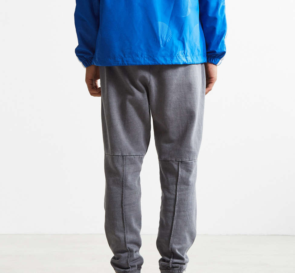 Slide View: 4: UO Clark Patched Fleece Jogger Pant