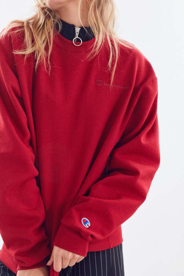 Champion & UO Mini Logo Crew-Neck Sweatshirt | Urban Outfitters