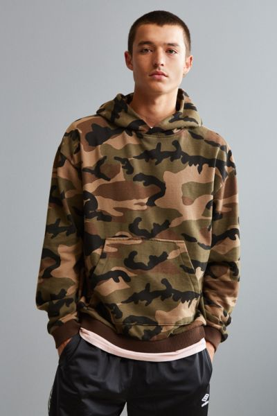 Malone Camo Hoodie Sweatshirt - Olive S at Urban Outfitters