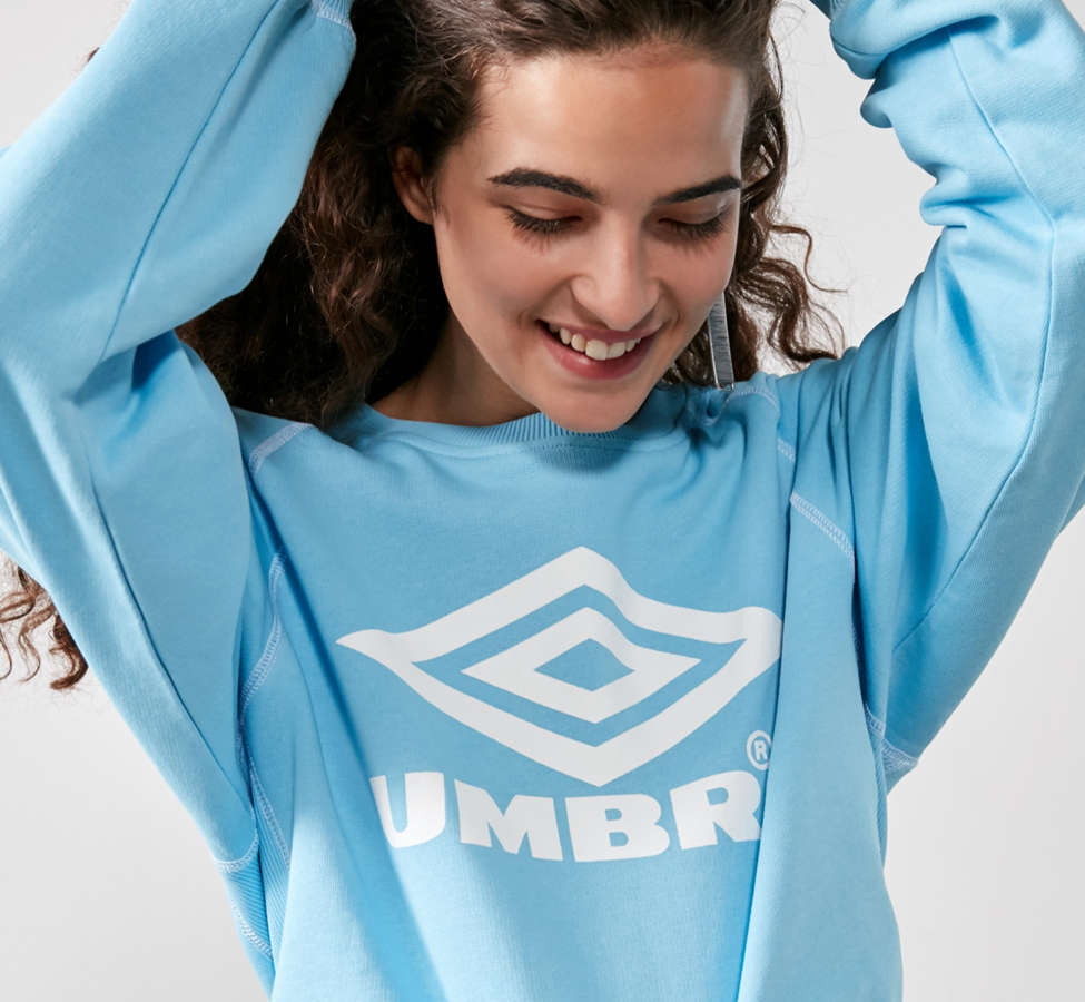 Slide View: 2: Umbro X UO Classic Logo Crew-Neck Sweatshirt