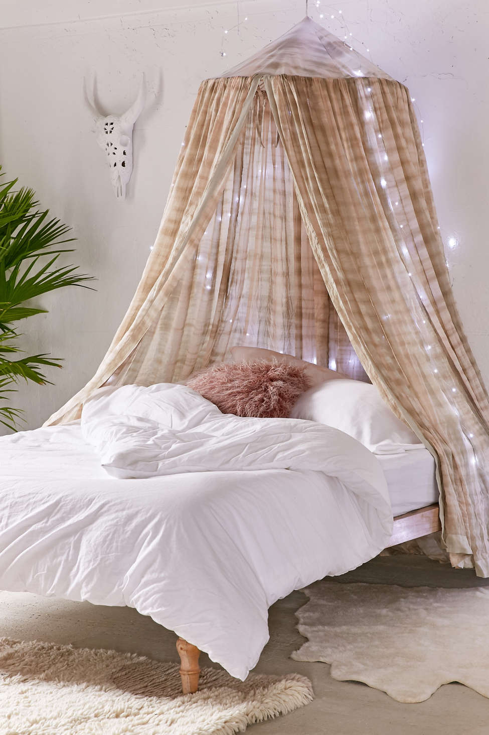 Slide View: 1: Madeline Tie-Dye Bed Canopy
