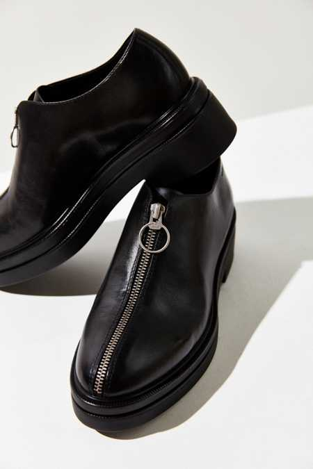 Vagabond Iza Black Leather Platform Oxford