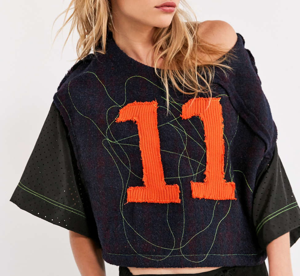 Slide View: 1: BDG Iggy 11 Cropped Top