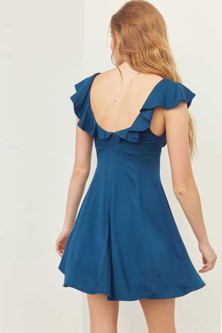 Kimchi Blue Daisy May Solid Ruffled Dress
