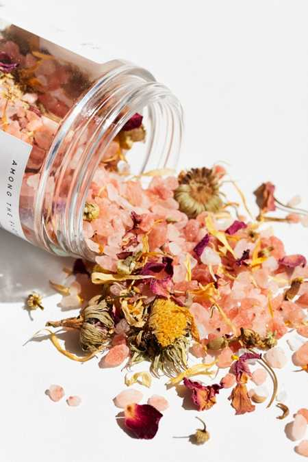 Among The Flowers Premium Bath Soak