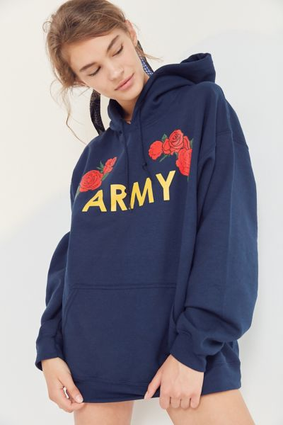 Army Roses Hoodie Sweatshirt - Navy S at Urban Outfitters