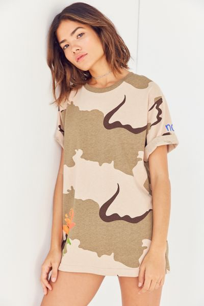 BDG Camo Rose Tee - Brown S at Urban Outfitters