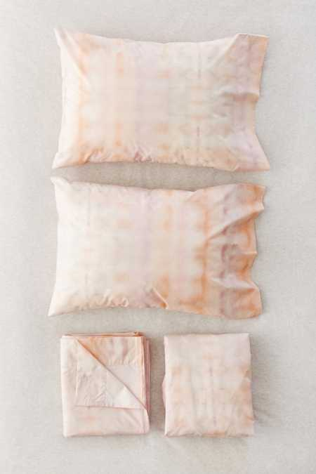 Tie-Dye T-Shirt Sheet Set