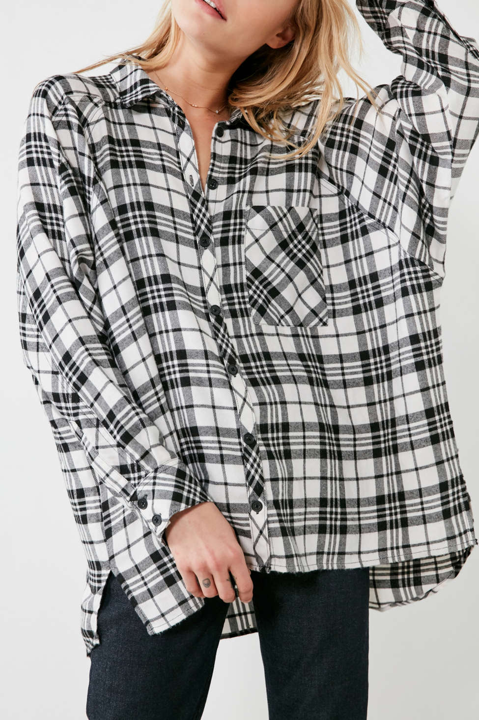 Slide View: 3: BDG Brendan Cozy Flannel Button-Down Shirt