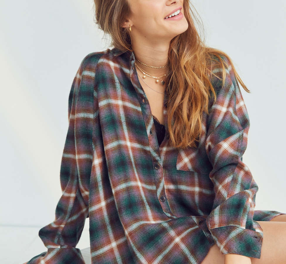 Slide View: 5: BDG Brendan Cozy Flannel Button-Down Shirt