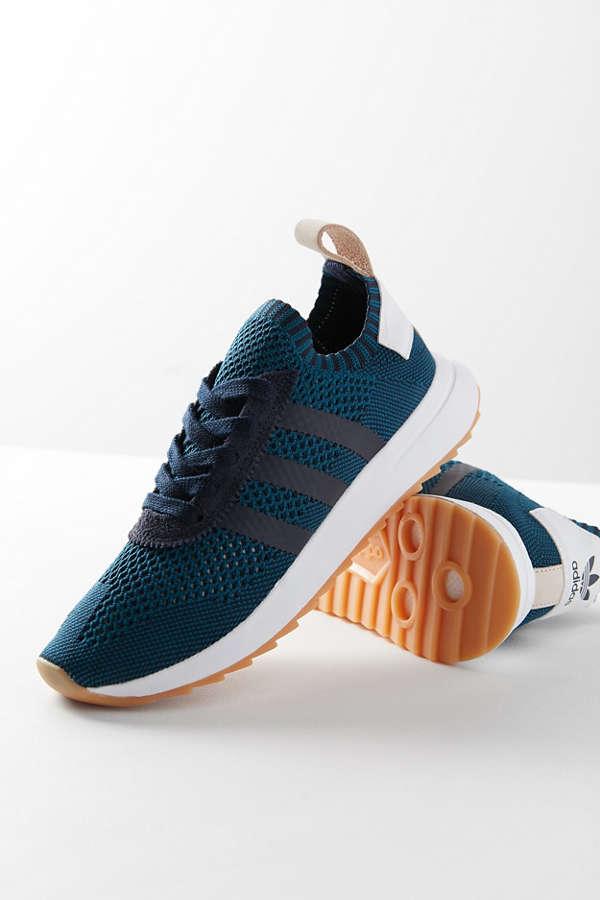 online store 5eb35 c7a2e adidas Originals Flashback Primeknit Sneaker
