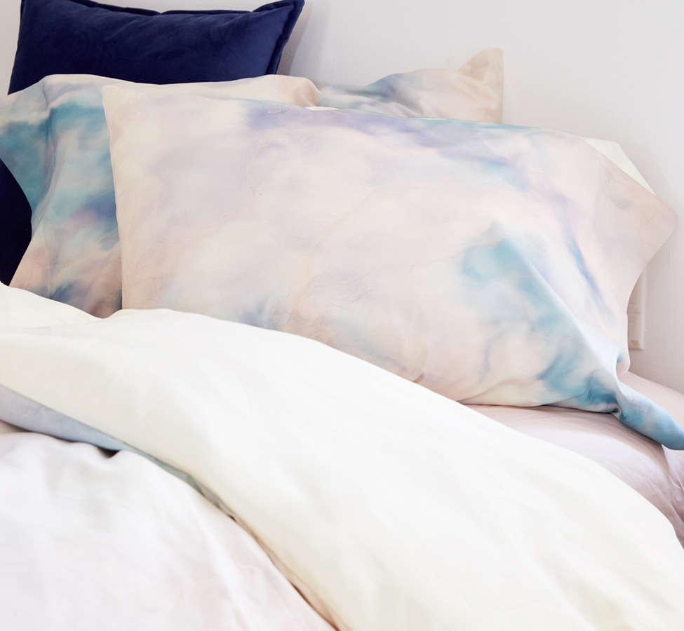 Slide View: 3: Chelsea Victoria For Deny Unicorn Marble Pillowcase Set
