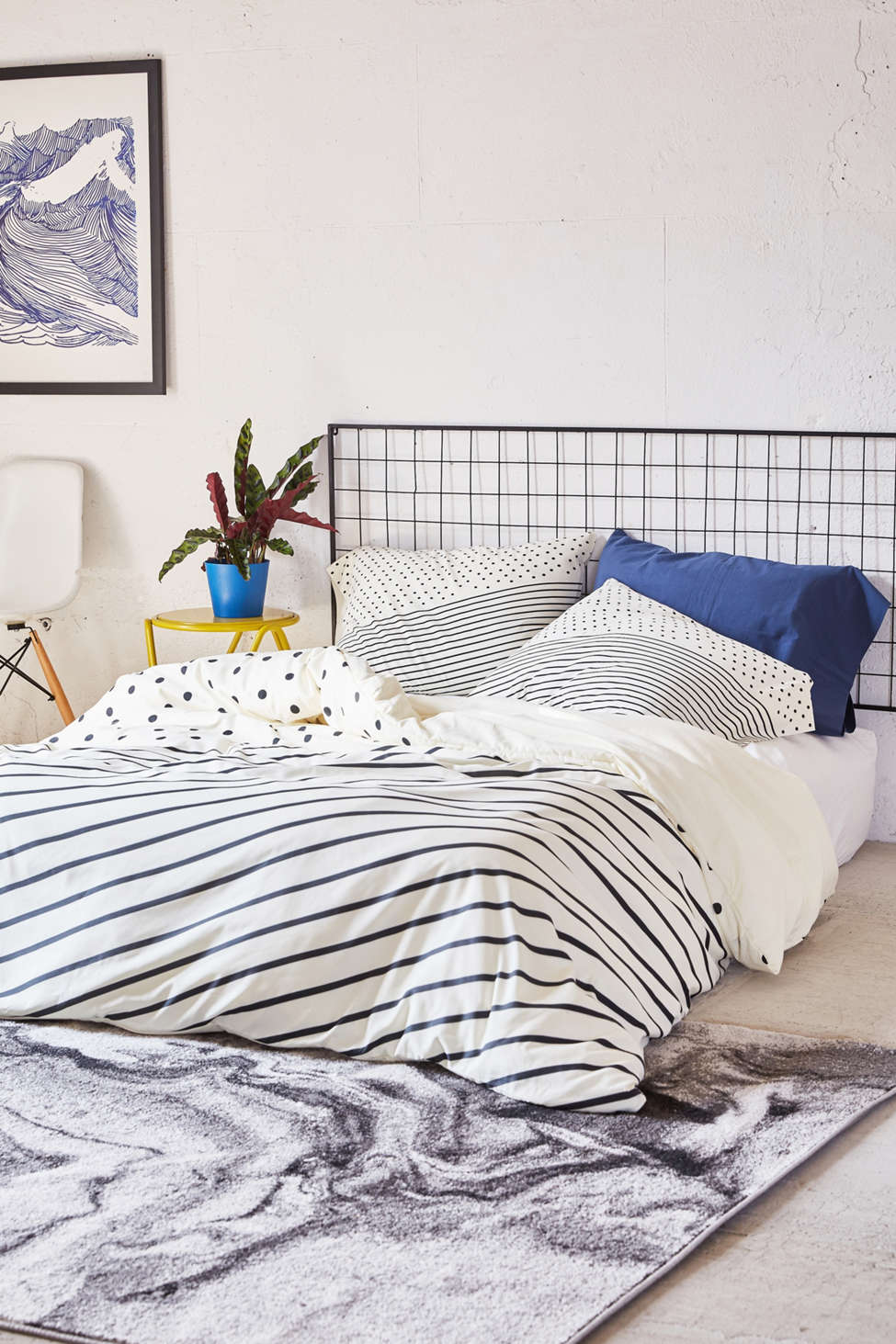 Slide View: 1: Allyson Johnson For DENY Opposites Attract Duvet Cover