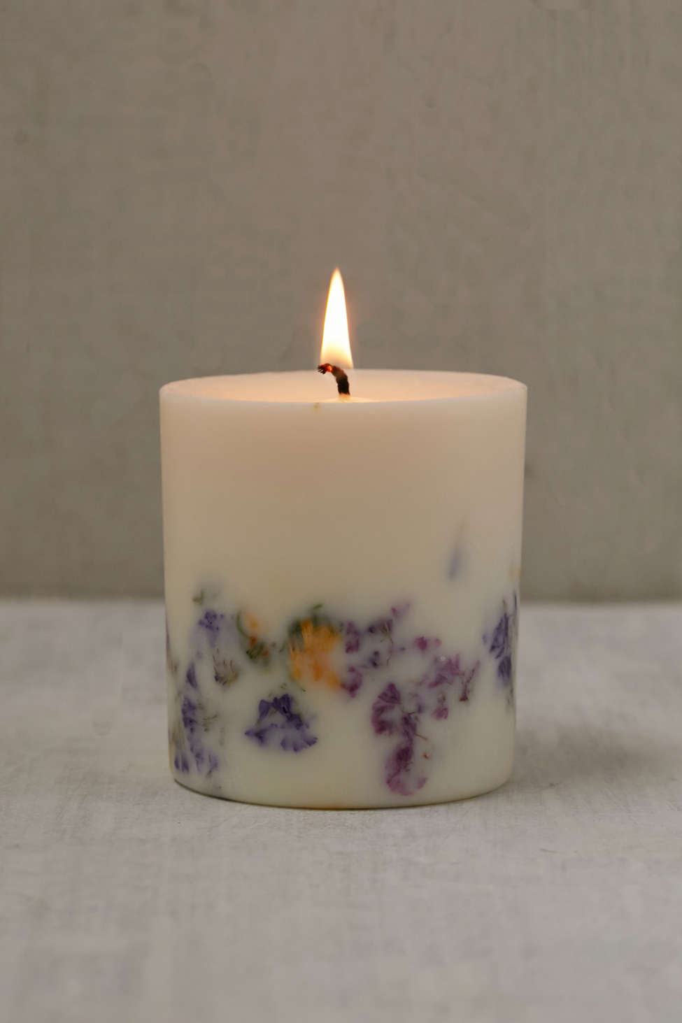 Slide View: 1: Munio Candela Wild Flowers Candle