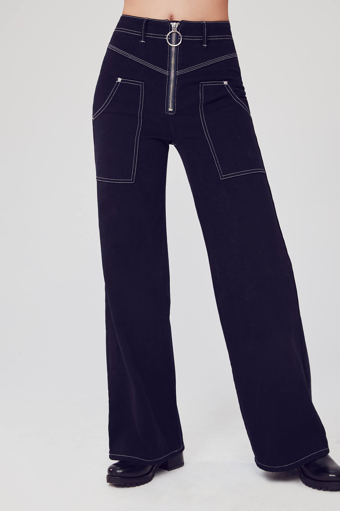 BDG Extra High-Rise Wide-Leg Jean – Contrast Stitch   Urban Outfitters