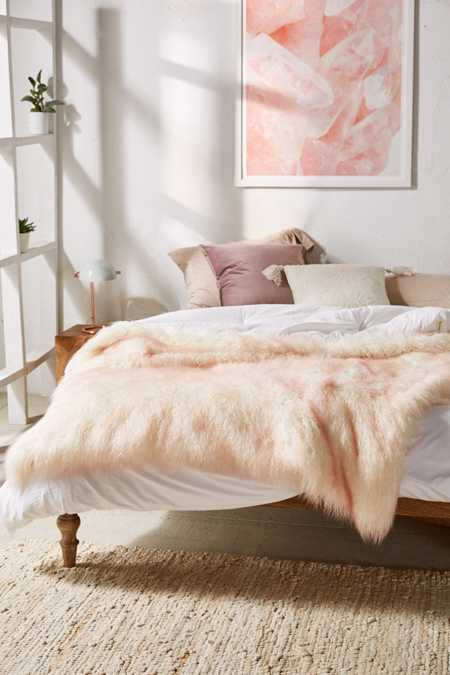 Marisa Tipped Faux Fur Throw Blanket