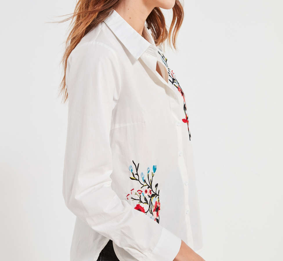 Slide View: 5: BDG Floral Embroidered Button-Down Shirt