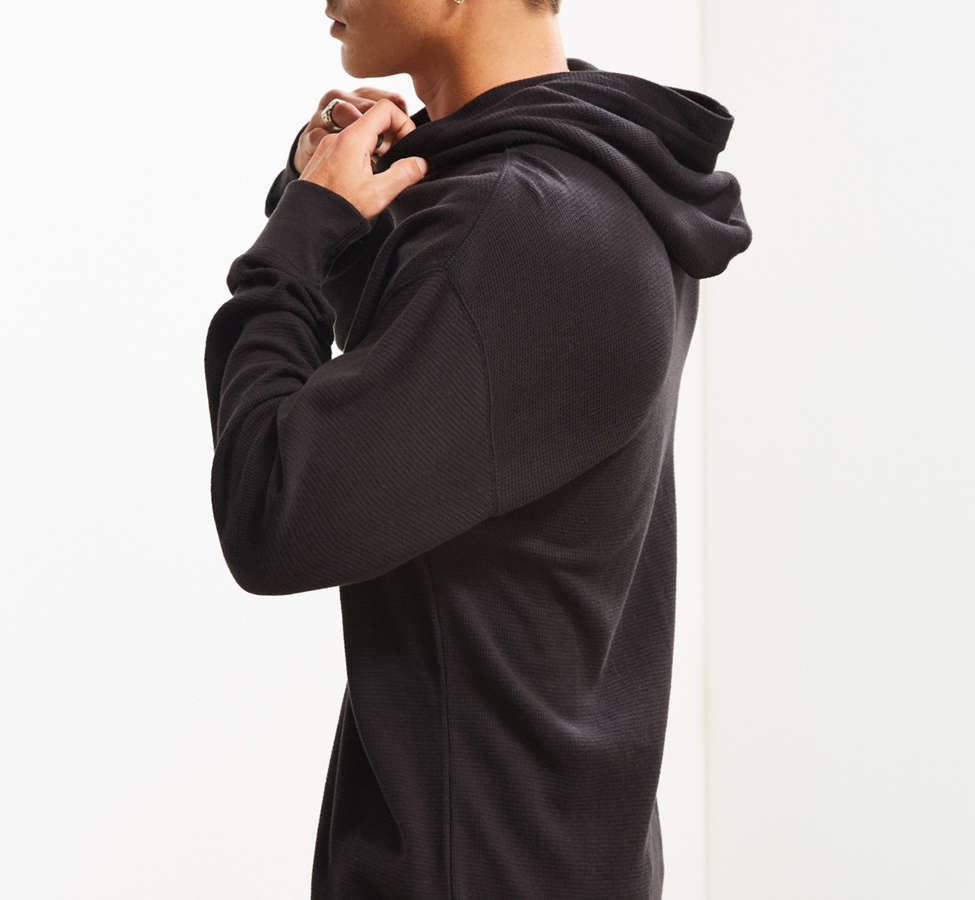Slide View: 3: UO Colin Thermal Hooded Long Sleeve Tee