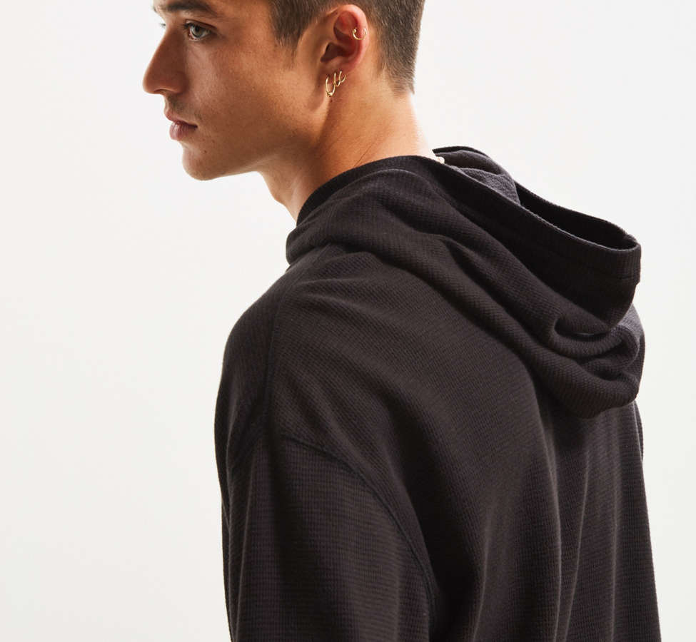 Slide View: 5: UO Colin Thermal Hooded Long Sleeve Tee