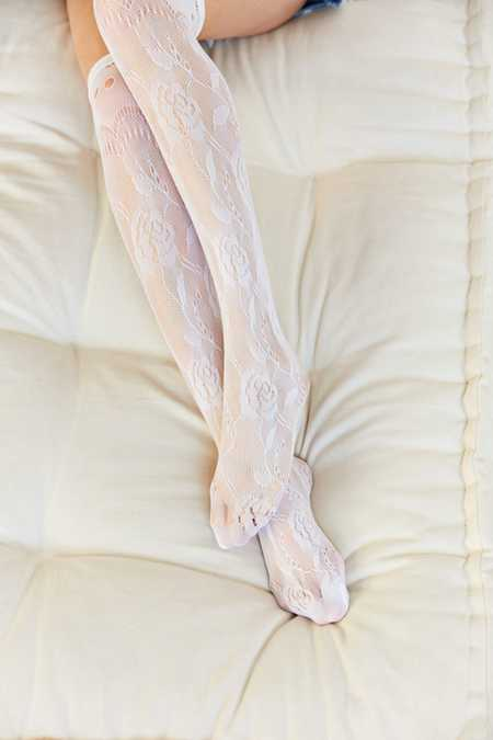 Rose Vine Lace Over-The-Knee Sock