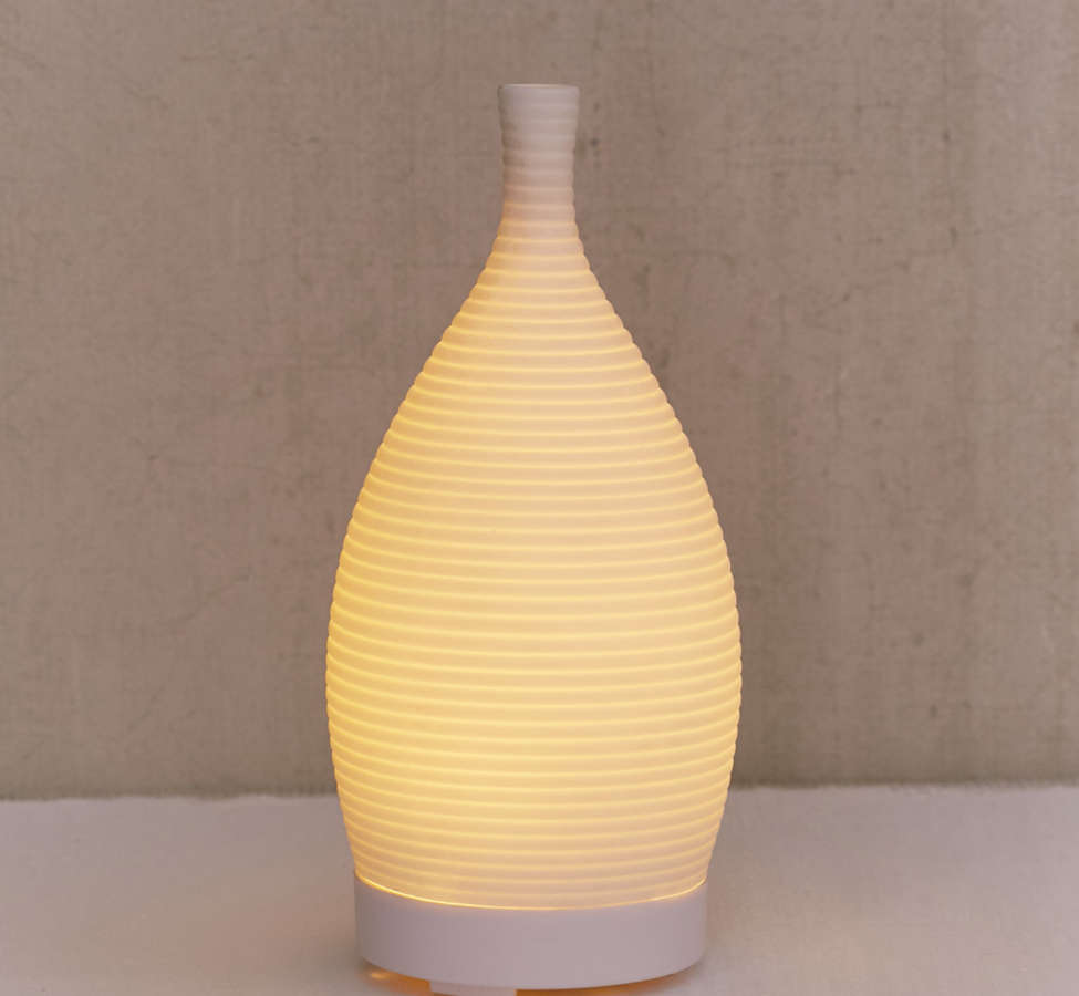 Slide View: 3: Modern Essential Oil Diffuser