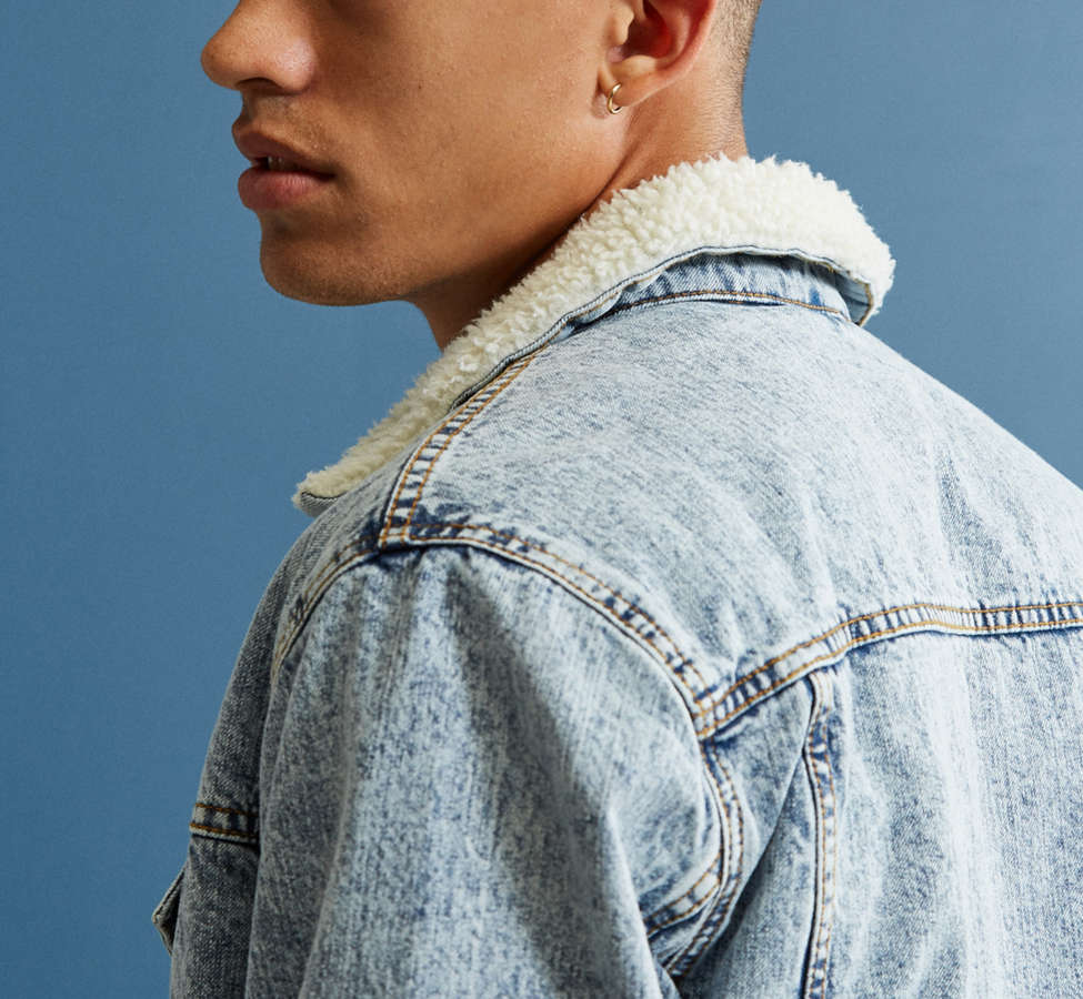 Slide View: 3: BDG Sherpa Denim Trucker Jacket