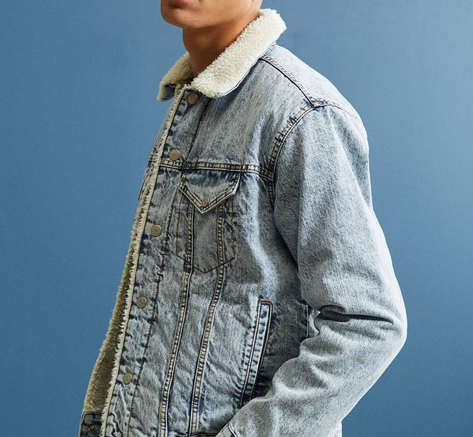 Slide View: 4: BDG Sherpa Denim Trucker Jacket
