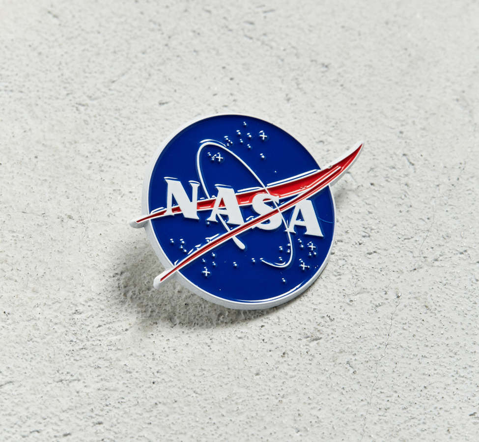 Slide View: 1: NASA Meatball Logo Pin