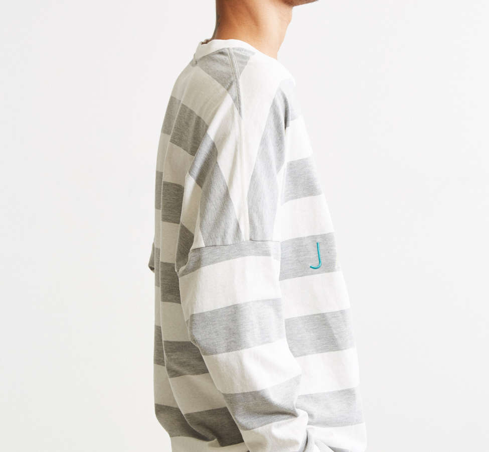 Slide View: 3: UO Embroidered Jamaica Stripe Long Sleeve Tee