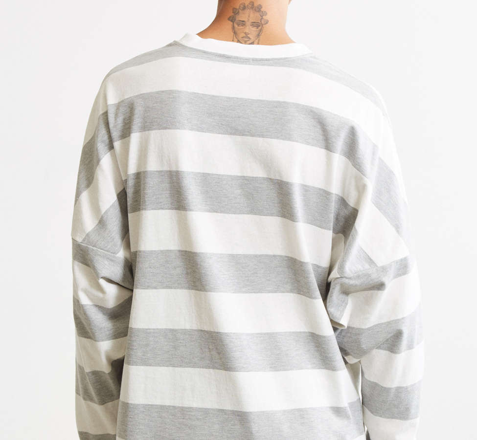 Slide View: 4: UO Embroidered Jamaica Stripe Long Sleeve Tee