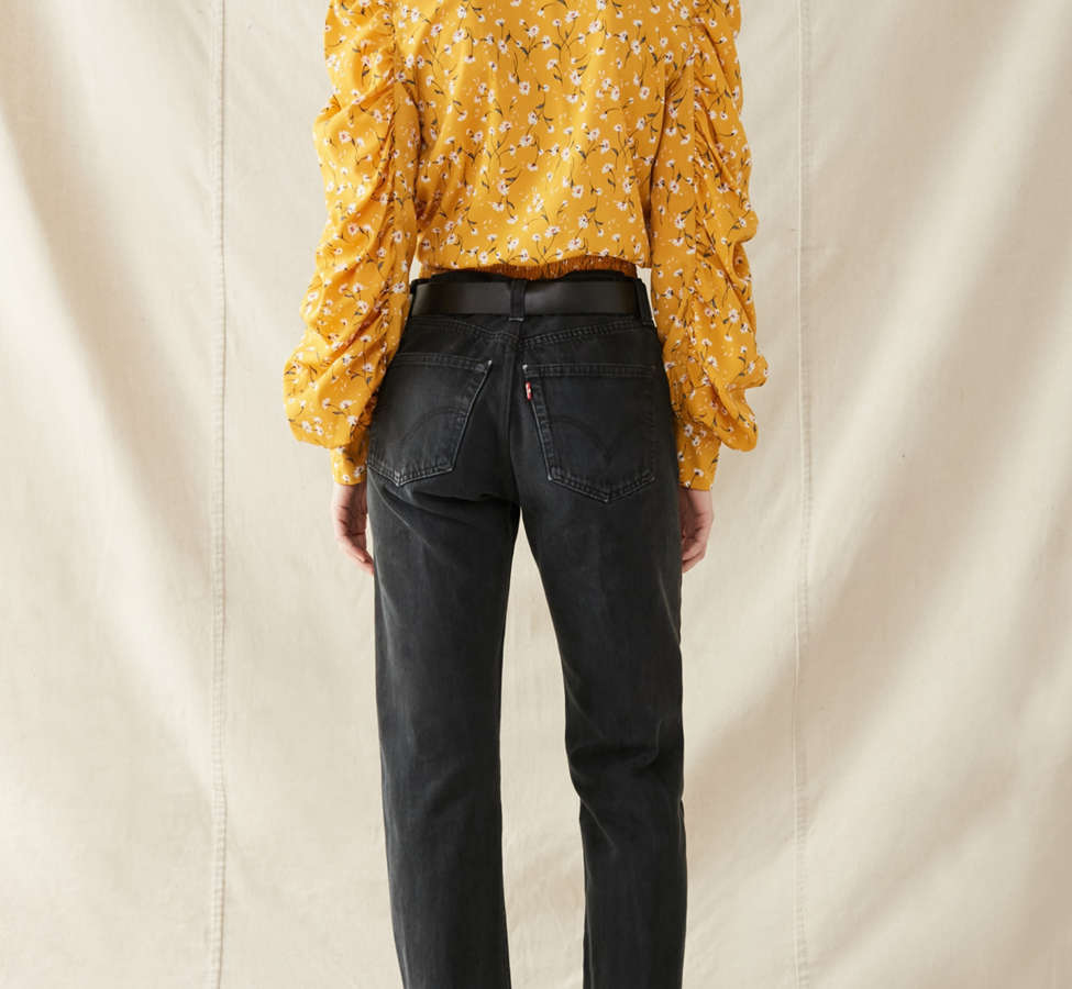 Slide View: 5: Urban Renewal Remade Frayed Cropped Levi's Jean