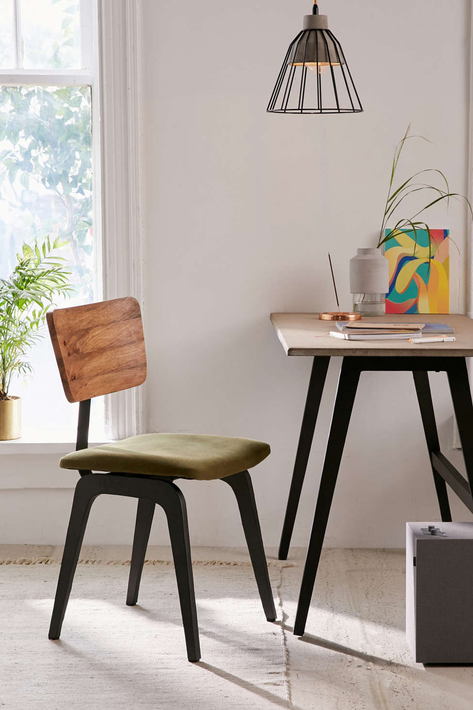 Slide View: 1: Fisher Desk Chair