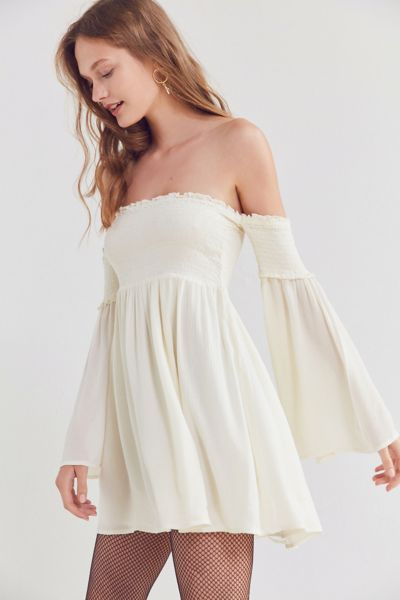 Ecote Elora Off-The-Shoulder Smocked Dress