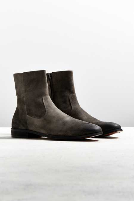 UO Lester Western Chelsea Boot