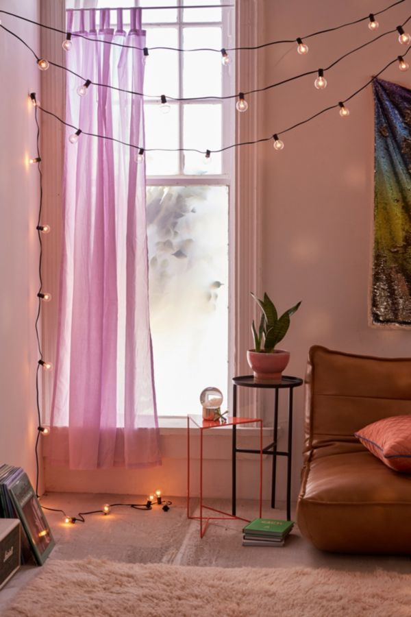 10 Must-Haves In Your Dorm To Make It Feel Like Home
