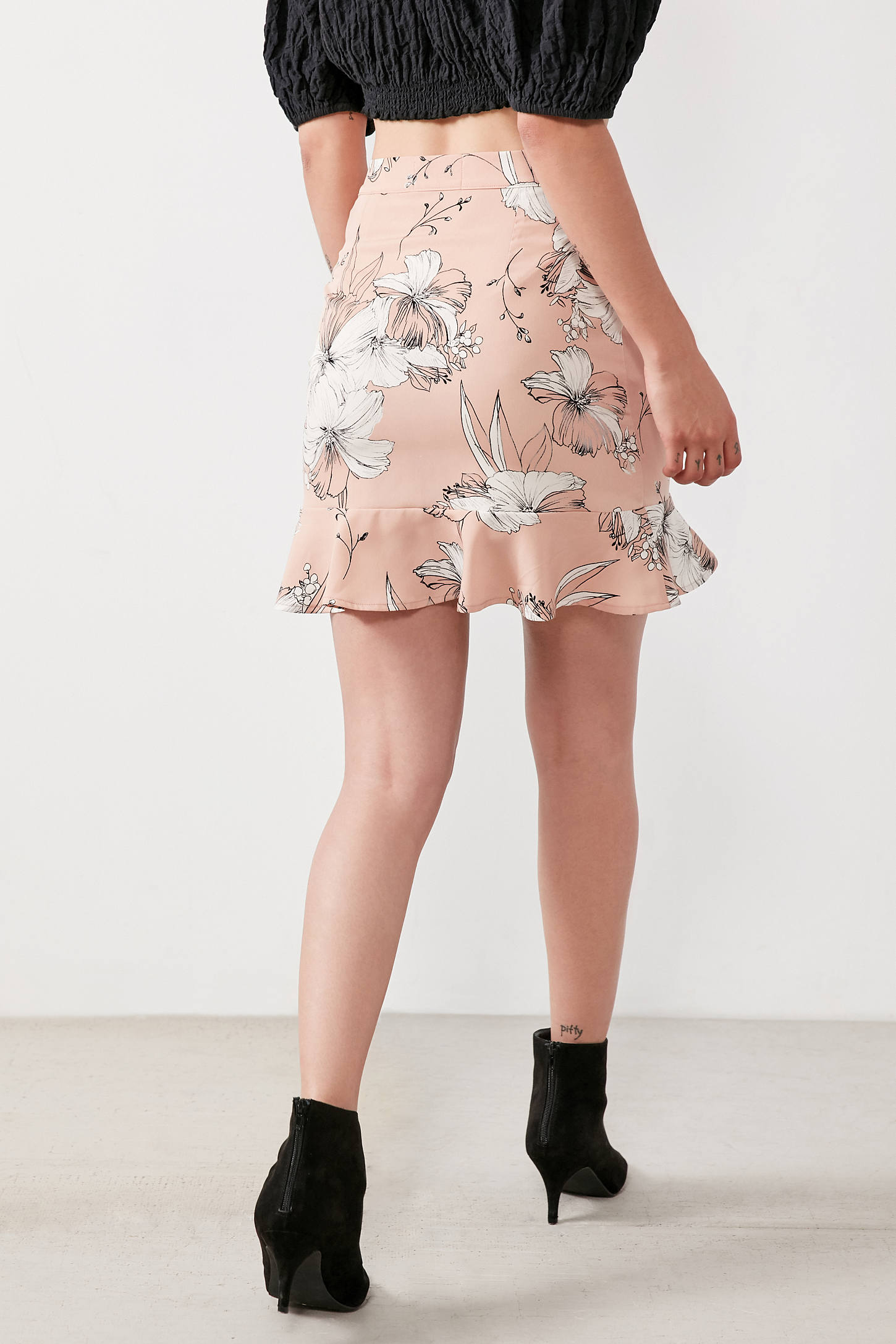 Lost   Wander Naomi Ruffle Mini Skirt | Urban Outfitters