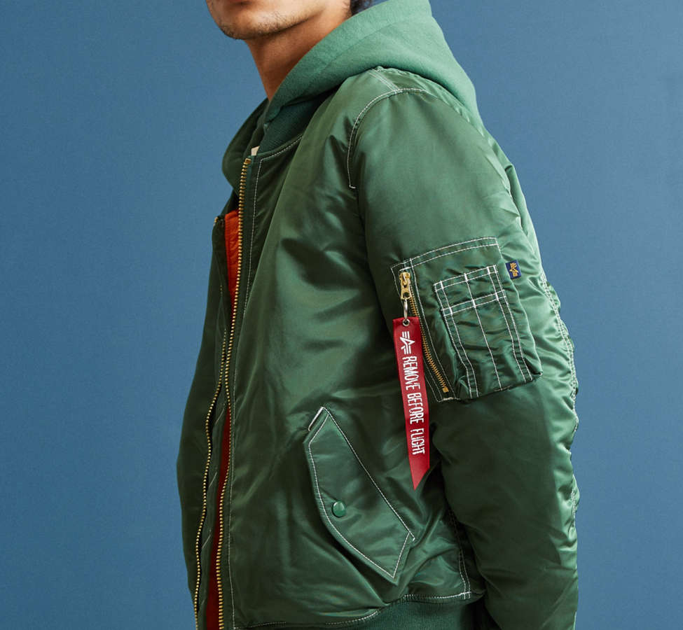 Slide View: 3: Blouson aviateur à capuchon MA-1 Alpha Industries