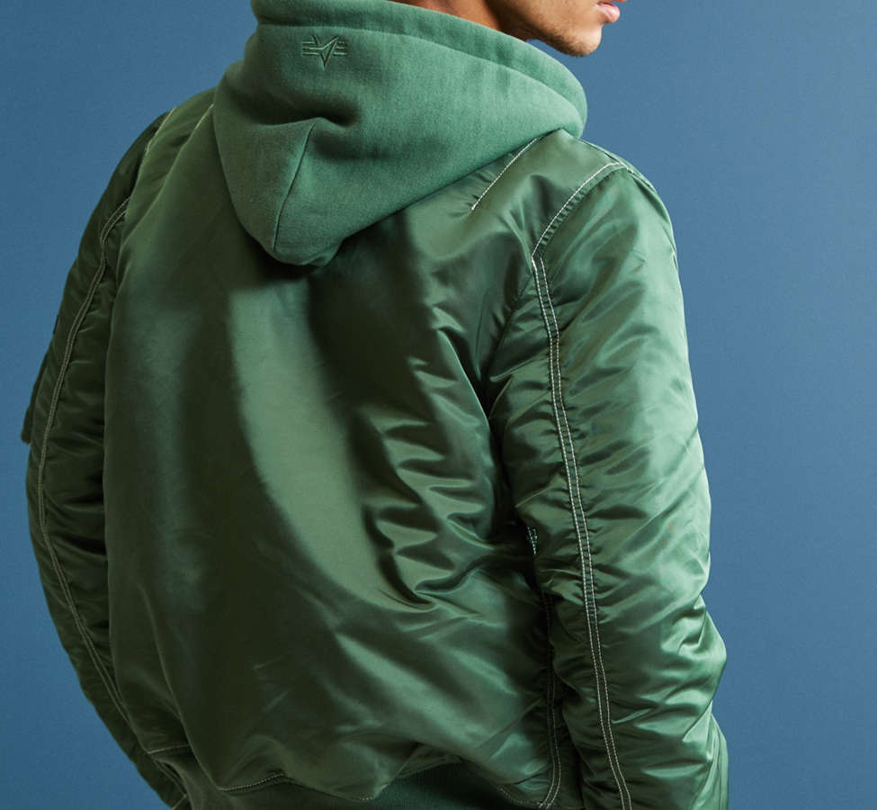 Slide View: 4: Blouson aviateur à capuchon MA-1 Alpha Industries