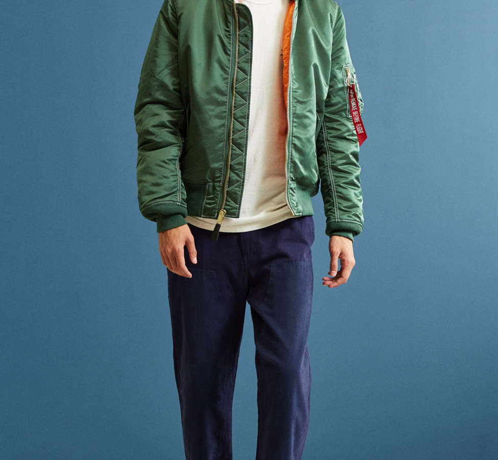 Slide View: 6: Blouson aviateur à capuchon MA-1 Alpha Industries